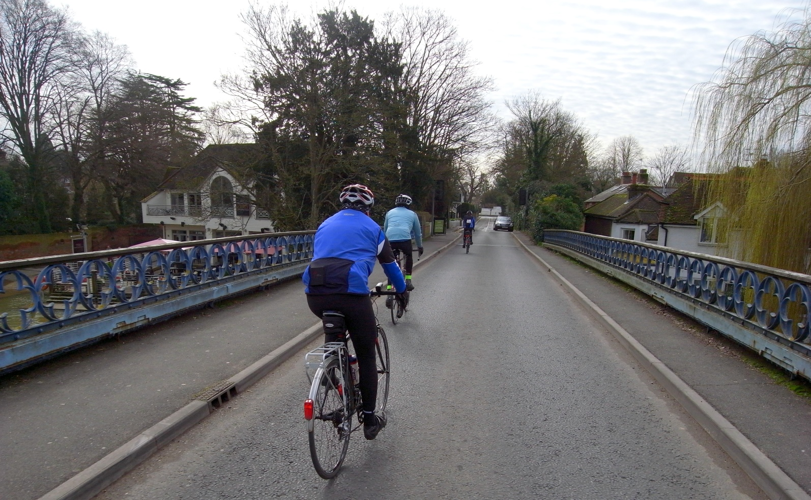 Crossing the Thames at Cookham